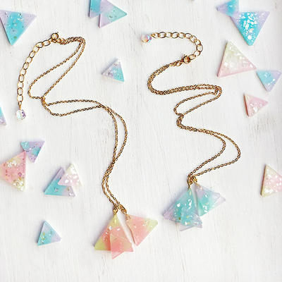 4_TriangleNecklace.jpg